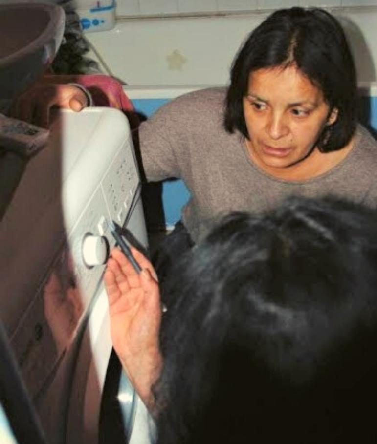 Femme précarité énergétique - visite Geres