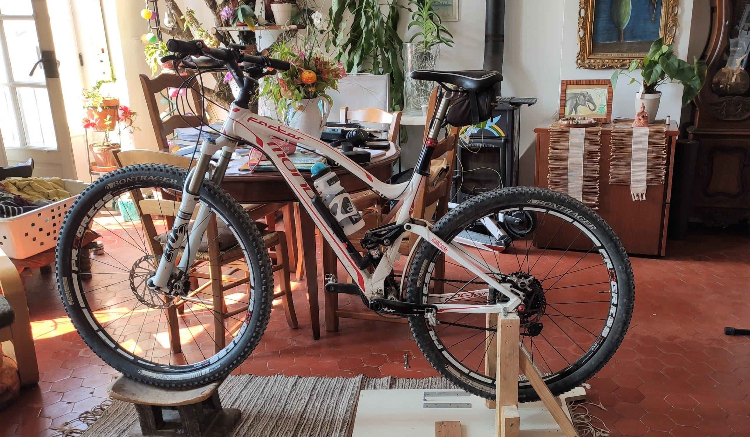 Comment fabriquer un vélo d'appartement et produire de l'énergie en confinement ?