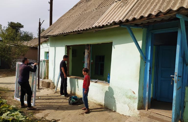Energy renovation houses families Tajikistan Geres Abbé Pierre Foundation