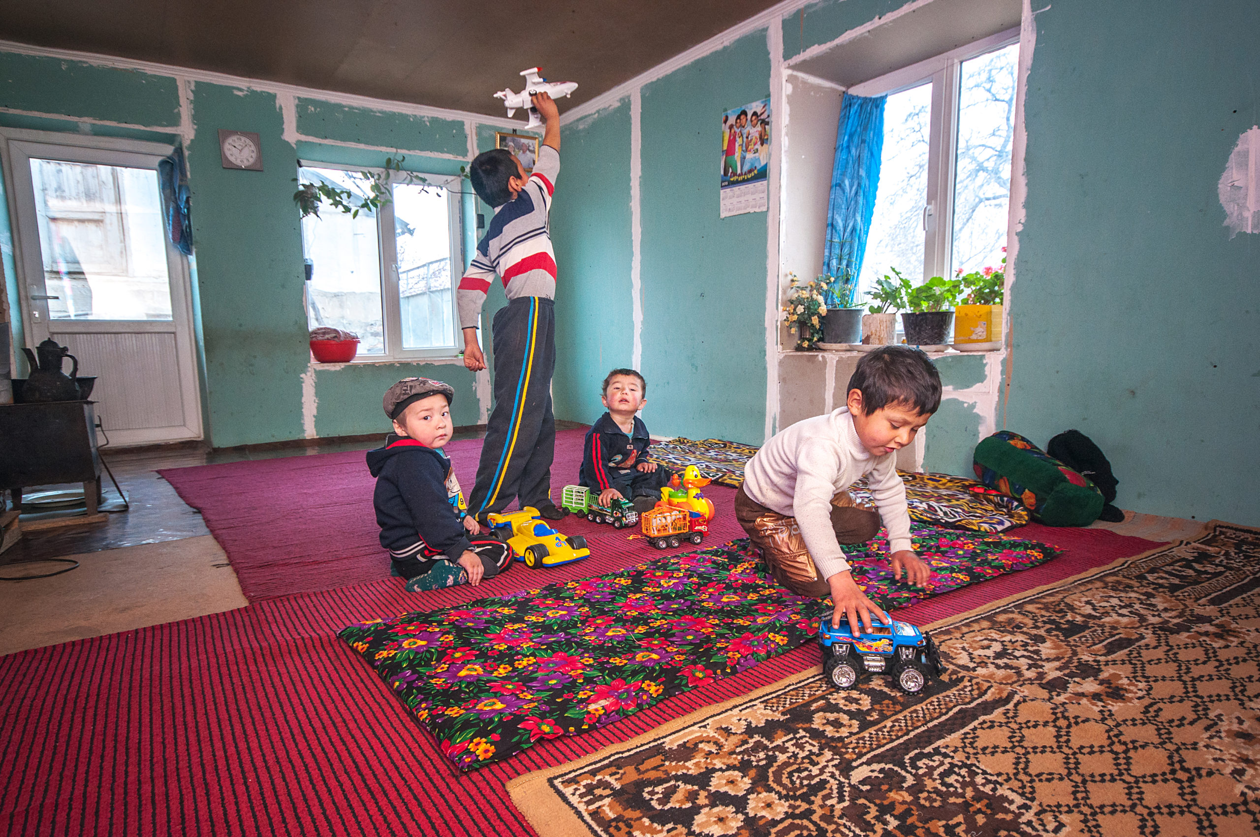 With the support of the Abbé Pierre Foundation, Geres has been able to help 94 Tajik households out of energy poverty