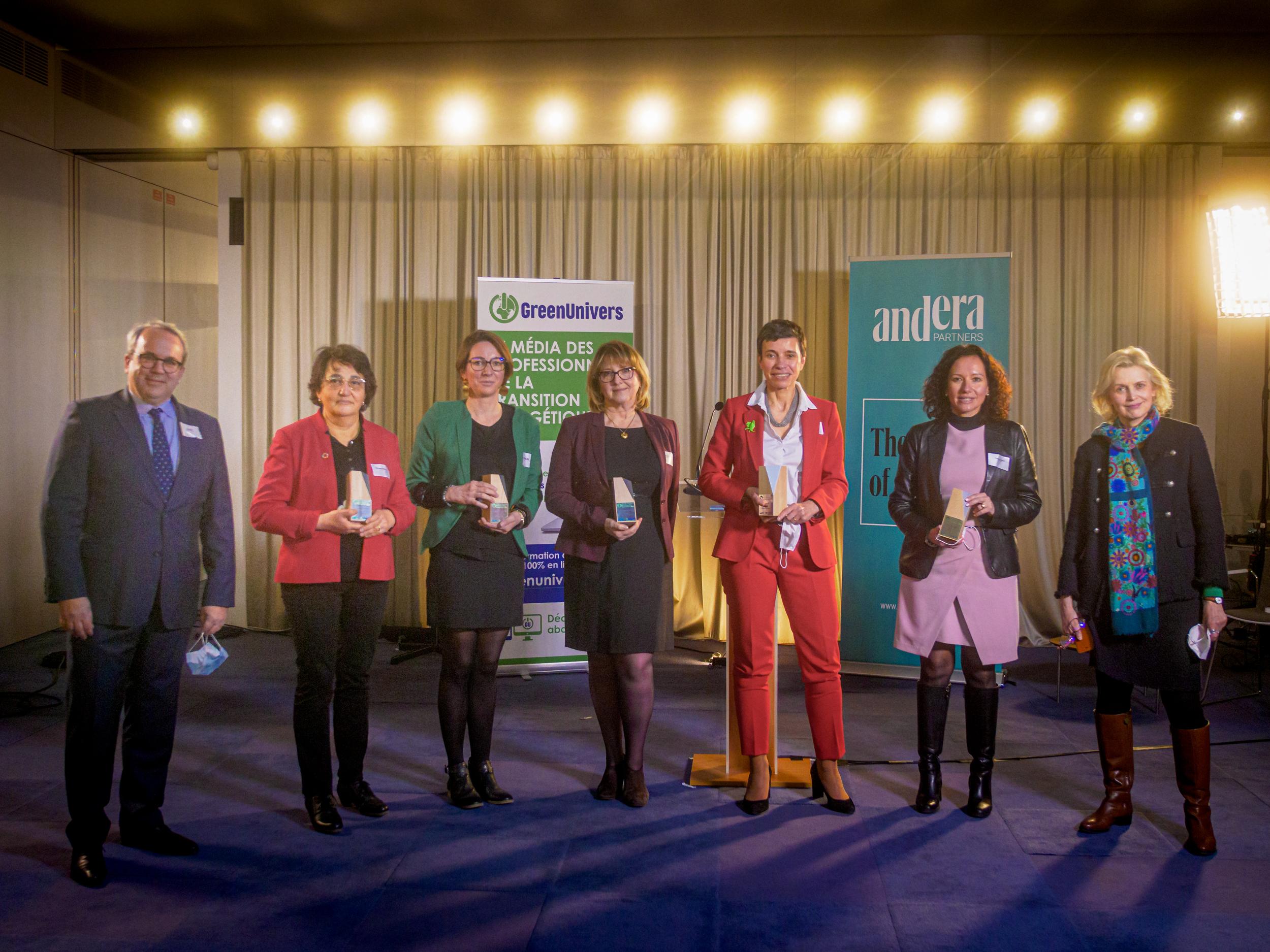 Marie-Noelle Reboulet, présidente du Geres, reçoit le Prix des Femmes de la transition énergétique 2021